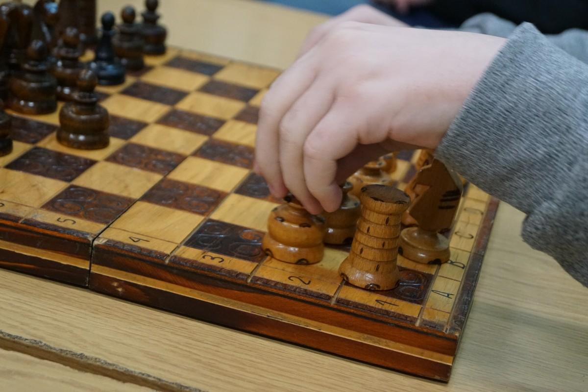 Turniej szachowy na półmetku